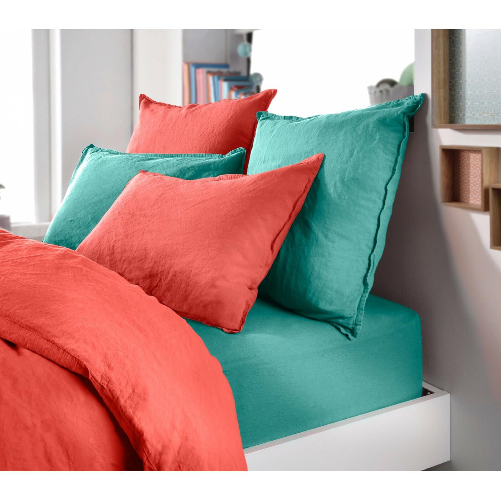 quel oreiller acheter nos conseils en fermet forme et. Black Bedroom Furniture Sets. Home Design Ideas